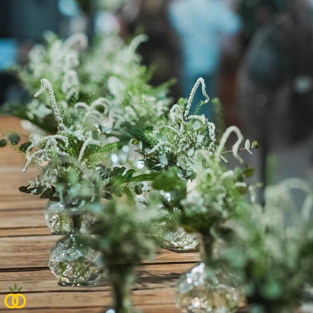 עיצובי פרחים לחתונה בטבע